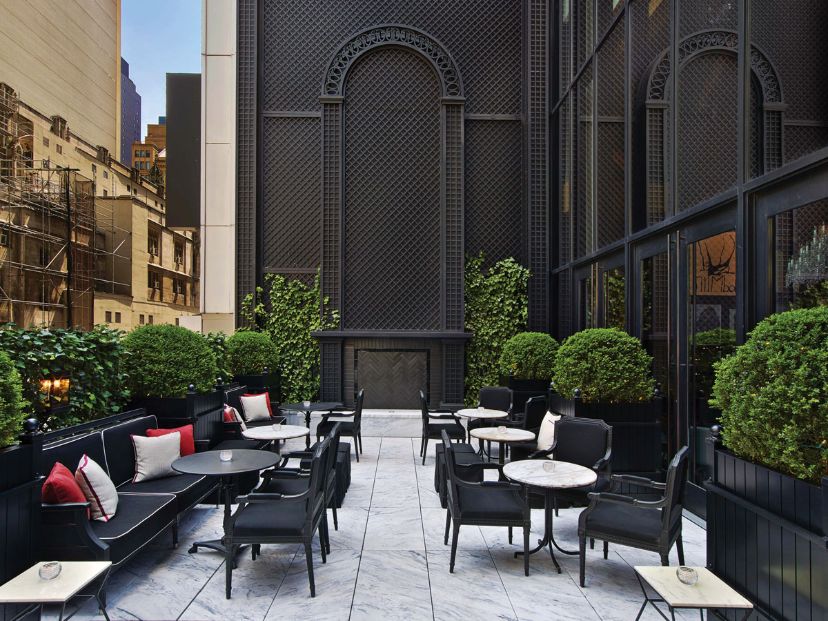 Baccarat Hotel's uniquely French spatial proportions and decor meld with the dynamism of contemporary New York. Overlooking the Museum of Modern Art (MoMA), an outdoor terrace off the hotel's bar savors the city's boldness and vitality.