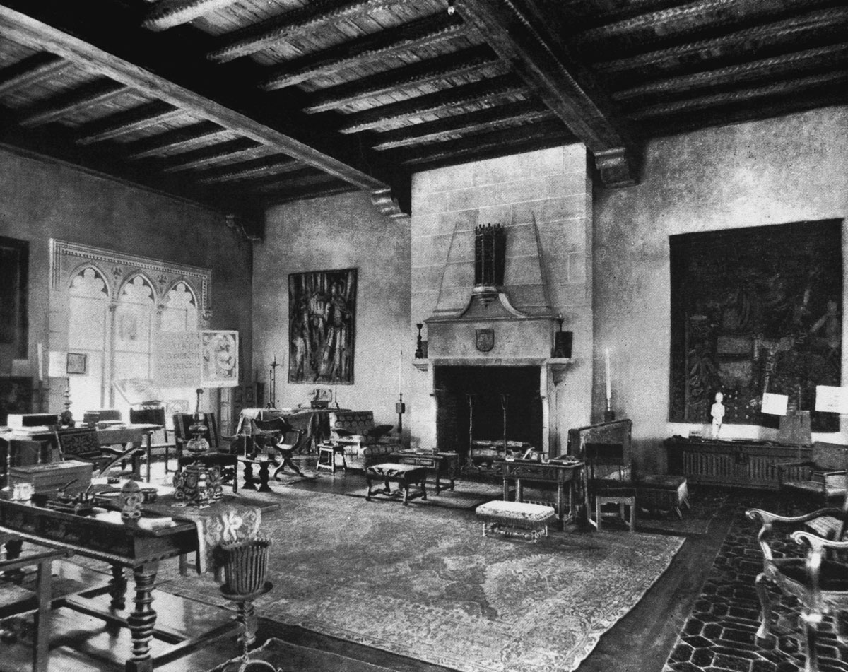 A vintage photo shows the interior of Villa Mizner's great hall in 1925. Photo courtesy of William Helburn, Inc., Publisher.