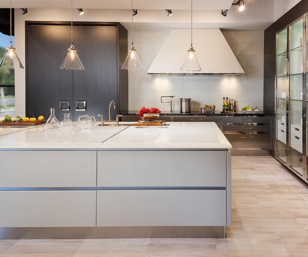 Ash-White-Sea-glass-Kitchen-with-Black-Dragon-marble-Haifa-Limestone
